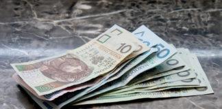 Współczesne firmy pożyczkowe a banki